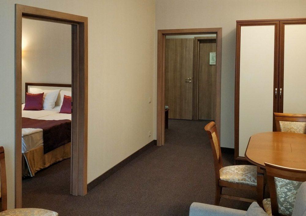 Люкс двухкомнатный (2 этаж)