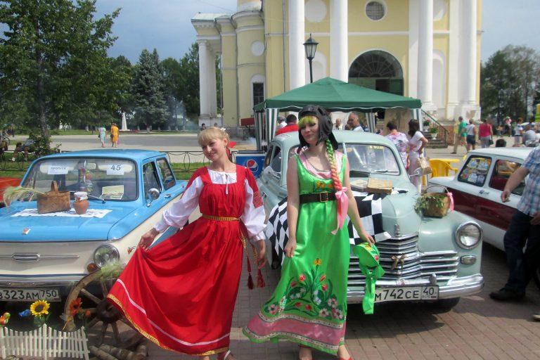 Победители фестиваля ретротехники «Мышкинский Самоход»