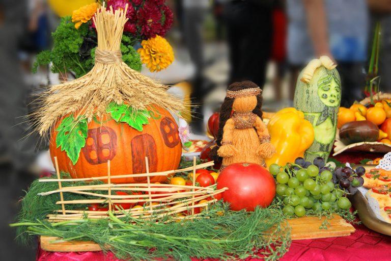 В город Мышкин пришла золотая осень.