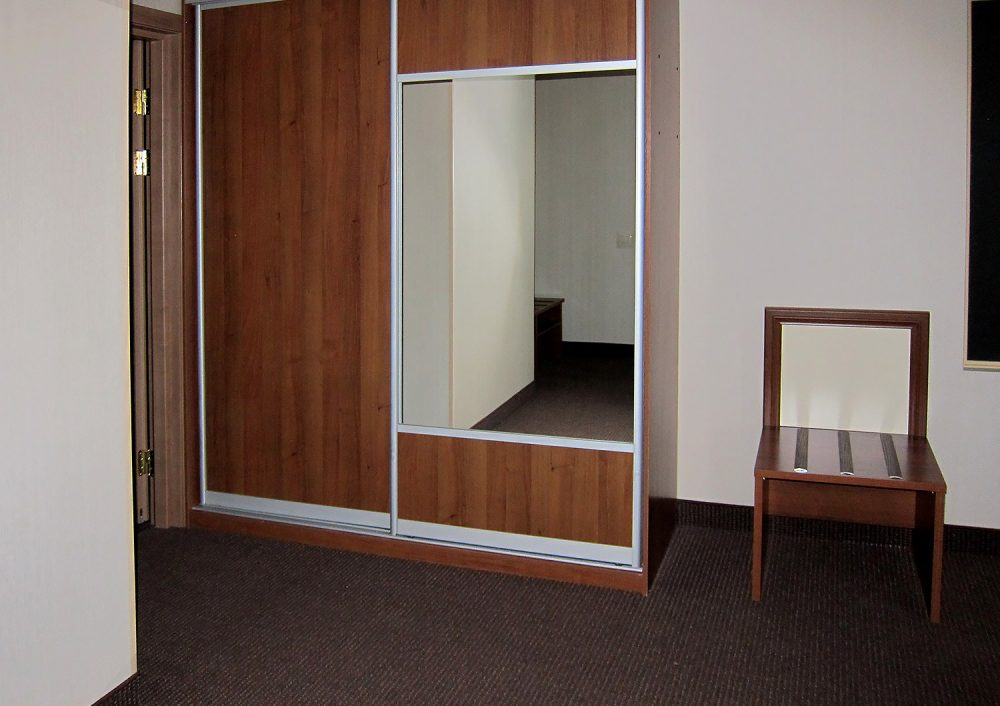 Семейный (двухкомнатный, 2 этаж)